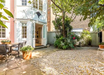 Thumbnail 3 bed detached house for sale in Swan Walk, London