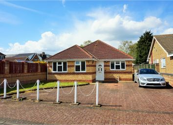 Thumbnail 4 bed property for sale in Sibley Close, Luton