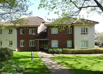 Thumbnail 2 bed flat for sale in Elmer Cottages, Guildford Road, Fetcham, Leatherhead