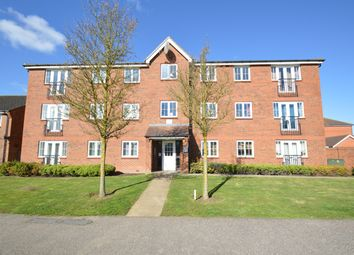 Thumbnail 2 bed flat to rent in Cunningham Avenue, Hatfield, Hertfordshire