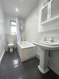 3 bed property to rent in 110 Lydgate Lane, Crookes, Sheffield S10