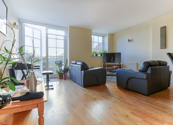 Thumbnail 3 bed flat to rent in Enfield, London
