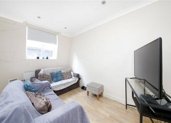2 bed property to rent in Leman Street, Aldgate, London E1