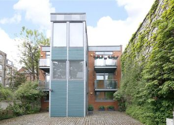 Thumbnail 2 bed flat for sale in Alberta Street, London