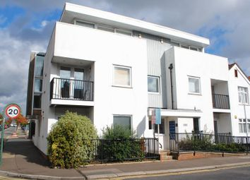 2 bed flat for sale in Westleigh Heights, Glendale Gardens, Leigh On Sea, Essex SS9