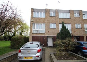 Thumbnail 4 bed property to rent in Turnpike Link, Croydon