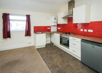 Thumbnail 1 bed flat to rent in Hessle Road, Hull
