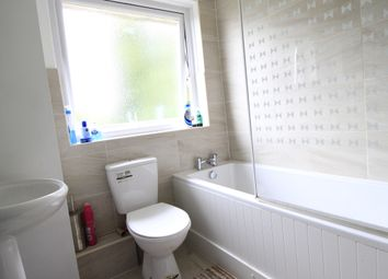 Thumbnail Room to rent in Ashdown Avenue, Farnborough