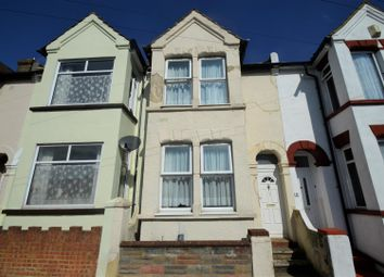 4 bed property to rent in Byron Road, Gillingham ME7