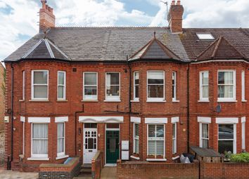 Salisbury Road, Richmond TW9. 2 bed flat for sale