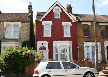 Thumbnail 2 bedroom flat to rent in Sidney Road, London