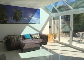 Thumbnail 6 bed detached house for sale in The Mall, Swindon