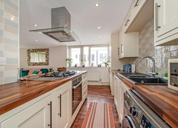 Anglesey House, Lindfield Street, London E14. 2 bed flat for sale