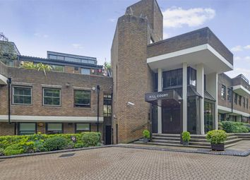 2 bed flat for sale in Highgate West Hill, London N6