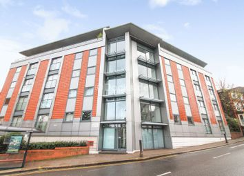 2 bed flat to rent in St Catherines Court, Star Hill, Rochester ME1