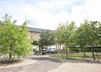 Williams Grove, Long Ditton, Surbiton KT6. 4 bed town house