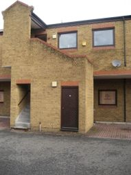 Thumbnail 2 bed flat to rent in York Road, Maidenhead