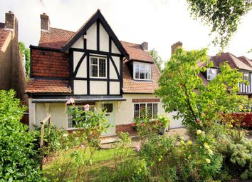 Thumbnail 3 bed link-detached house for sale in Valley Avenue, North Finchley