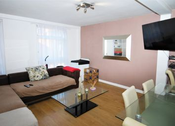 Thumbnail 2 bed flat to rent in Gravel Hill, Henley-On-Thames