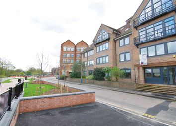 Thumbnail 1 bed flat to rent in The Bank House, Medway Wharf Road, Tonbridge, Kent
