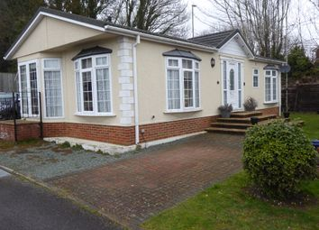 Thumbnail 2 bedroom mobile/park home for sale in Hatch Park, London Road, Old Basing, Basingstoke, Hampshire