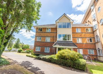 Thumbnail 2 bed flat for sale in Winslet Place, Reading