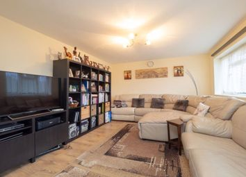 2 bed maisonette to rent in Donne Place, Mitcham CR4