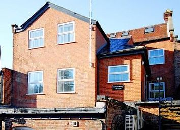 Chesham, Buckinghamshire HP5. 2 bed flat