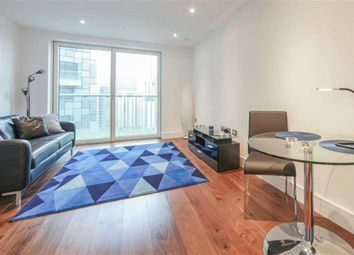 Thumbnail 1 bedroom flat for sale in Lincoln Plaza, Canary Wharf, London