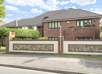 2 bed flat for sale in Northwood, Middlesex HA6
