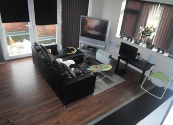Thumbnail 1 bedroom flat to rent in Moor Road, Leeds