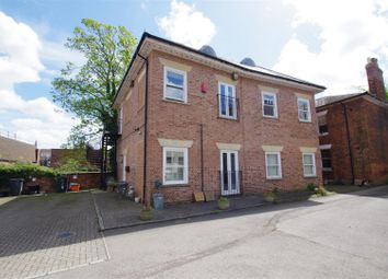 Thumbnail 1 bed flat for sale in Bath Road, Old Town, Swindon