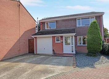 Thumbnail 4 bed detached house for sale in Brackley Way, Totton