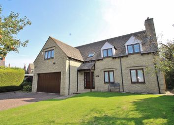 Corndell Gardens, Witney OX28. 5 bed detached house