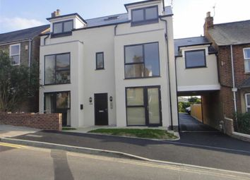 Thumbnail 1 bed flat to rent in 100 Crescent Road, Oxford