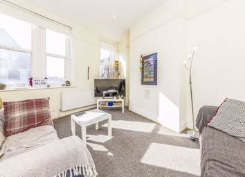 3 bed flat to rent in Balham High Road, London SW12
