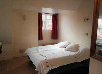Thumbnail Studio to rent in Boyn Hill Avenue, Maidenhead