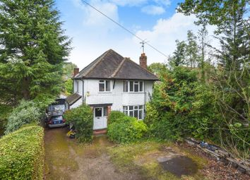 Thumbnail 3 bed detached house for sale in Easthampstead Road, Wokingham, Berkshire