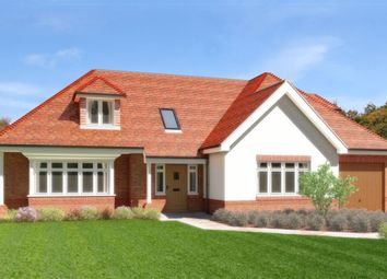 Thumbnail 4 bedroom detached house for sale in West Park Road, Copthorne, West Sussex