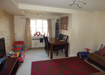 Thumbnail 2 bedroom flat for sale in Benhill Road, Sutton