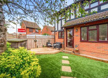 Thumbnail Terraced house for sale in Coomb Field, Edenbridge