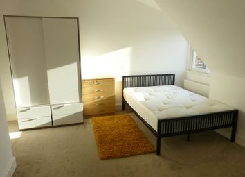 Thumbnail Studio to rent in North End Road, London