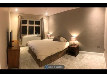 Room to rent in Harefield Avenue, Cheam, Sutton SM2