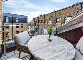 Thumbnail 2 bed flat to rent in Oxford Penthouse, Palace Wharf