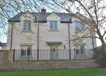 Thumbnail 3 bed detached house for sale in Bences Close, Marshfield, Chippenham