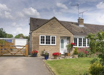 Thumbnail 2 bedroom bungalow for sale in Manor Park, Claydon, Banbury