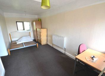 Thumbnail 1 bed flat to rent in Wokingham Road, Earley