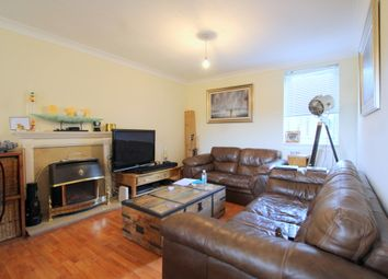 Thumbnail 2 bed flat to rent in Queens Road, Wimbledon