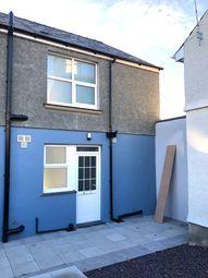 Thumbnail 2 bedroom flat to rent in Lon Ganol, Llandegfan