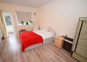 Thumbnail 2 bed flat to rent in Rinaldo Road, Balham London